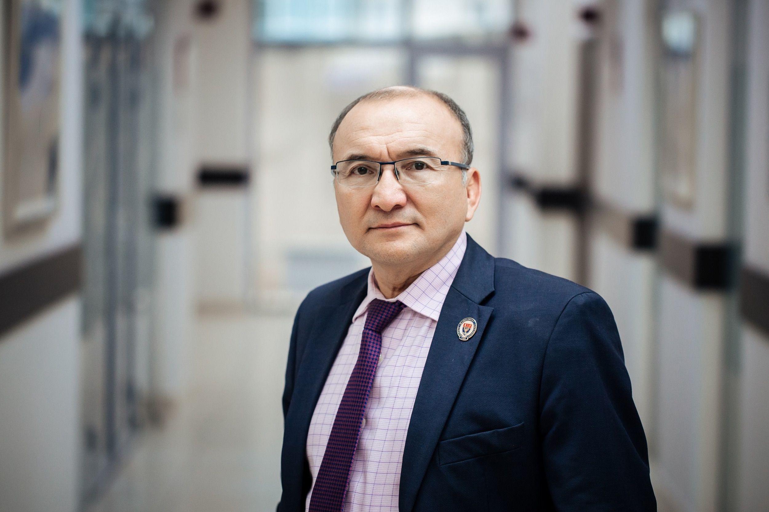 Dr. Assylbek Kozhakhmetov